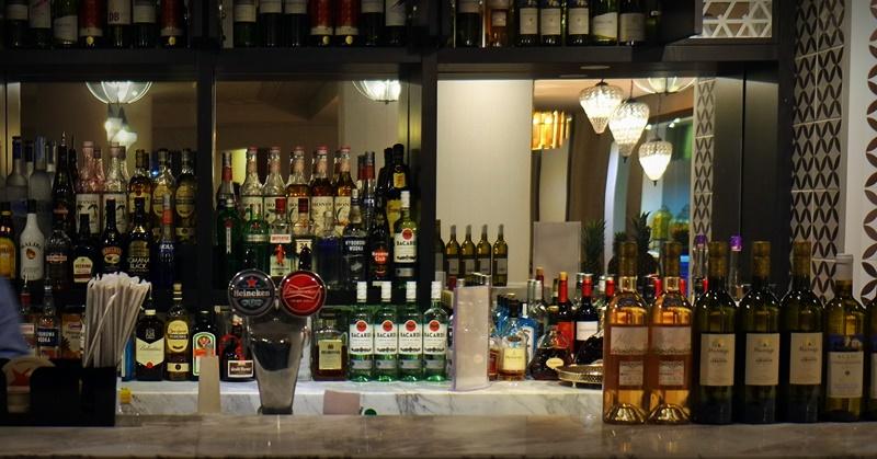 alcohol license guide qatar